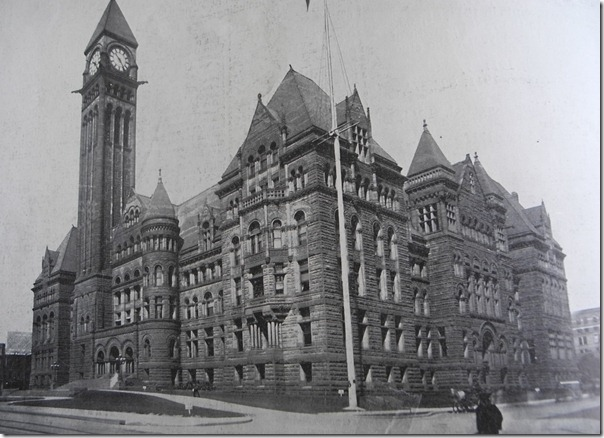 Toronto's architectural gems–the Old City Hall photographed in 1912