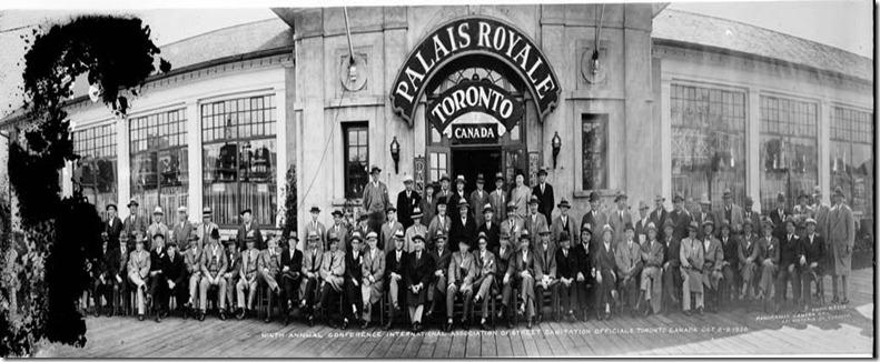 s0372_ss0070_it0267-es[1] Palais Royale 1931