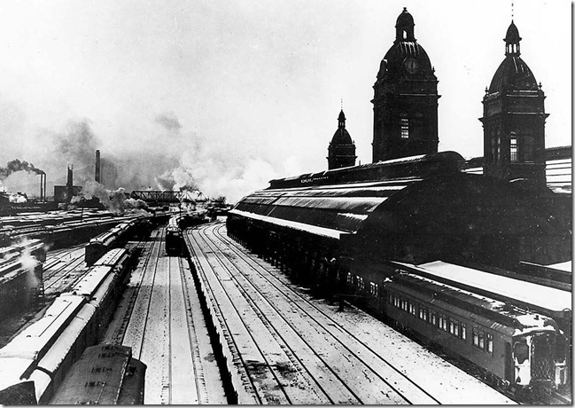 Old Union Station from York Street. 1908