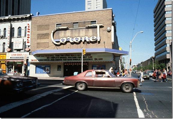 800px-Coronet_Theatre_Yonge_and_Gerrard_Streets_1979_Toronto[1]