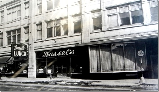 Bassil's Lunch, Yonge at Gerrard