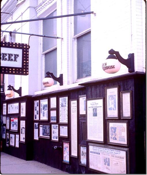 """King St W - """"Ed's Warehouse"""" restaurant – October 9, 1981"""