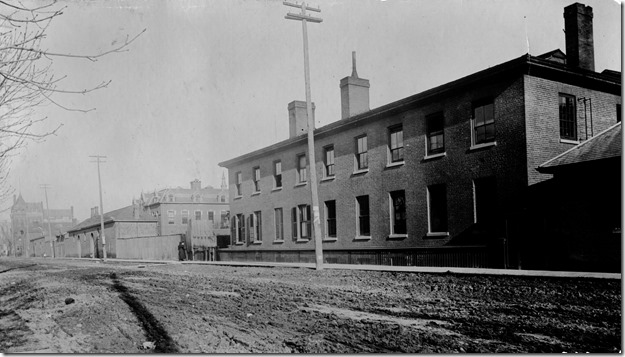 boarding house on Adelaide  1890  pictures-r-2330[1]