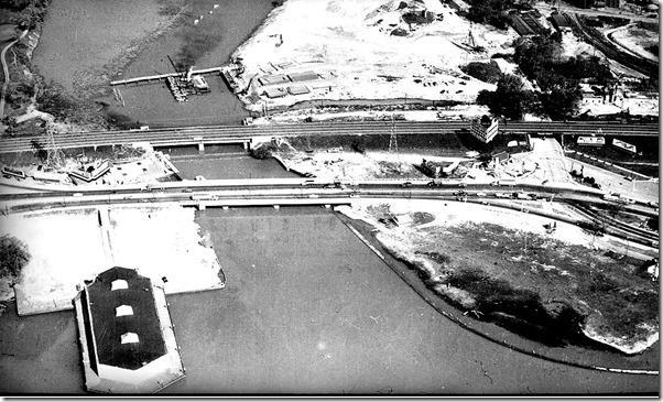 Series 65 -Metropolitan Toronto Planning Department Library collection of Alexandra Studio photographs