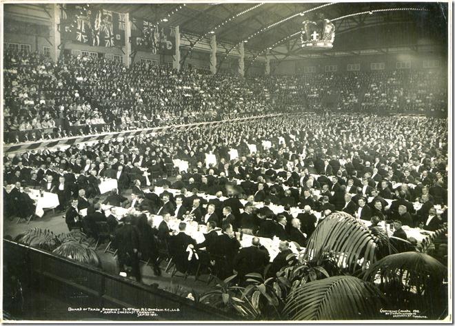 Commons Wikipedia  Board_of_Trade_banquet_to_Rt_Hon_RL_Borden,_KC_LLD_(Arena_Gardens),_Toronto,_September_23,_1912_(HS85-10-25998)[1]