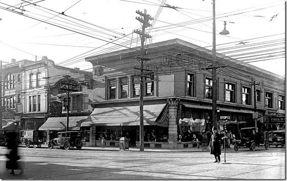 1923,  f1231_it2089[1]
