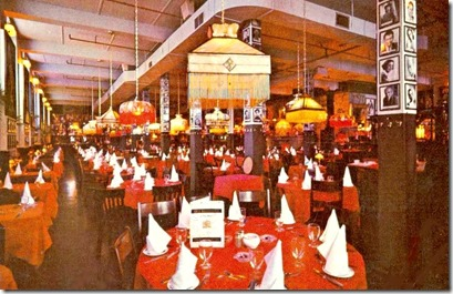 Chuckman's  postcard-toronto-eds-warehouse-restaurant-270-king-w-dining-room-late-1960s[1]