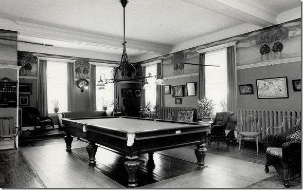 1988.  billiard room  tspa_0113050f[1]