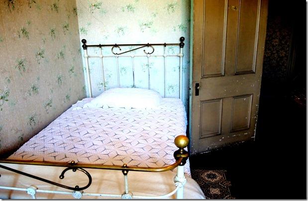 servant bedroom , 3rd floor