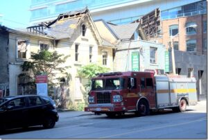 Fire guts historic houses on Peter Street